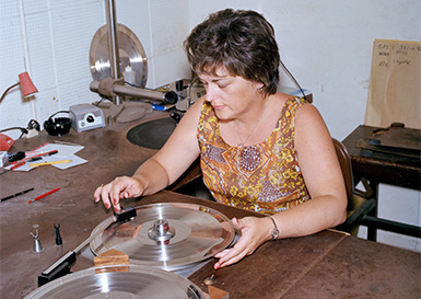 Manufacturing of the Golden Record